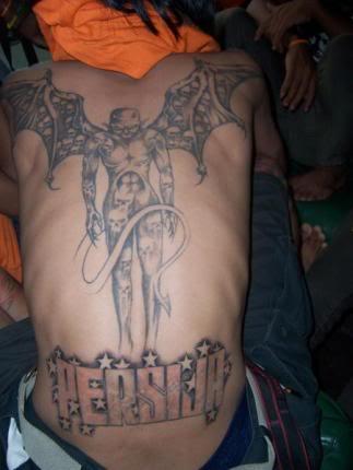 tato-persija-di-punggung1